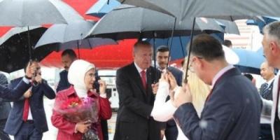 """هاشتاج """"حقيبة زوجة أردوغان"""" يثير الجدل بمواقع التواصل الاجتماعي"""