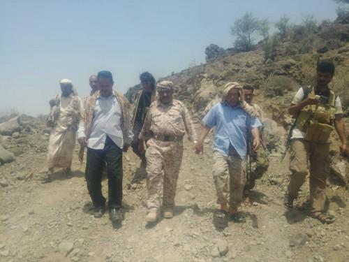 تفاصيل زيارة قائد المنطقة العسكرية الرابعة ورئيس انتقالي الضالع لجبهات القتال بقعطبة