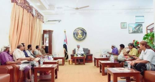 خلال اجتماع هام برئاسة الزبيدي..مناقشة تحرير مديرية مكيراس من المليشيات الحوثية