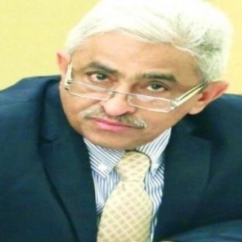 وزير المياه والبيئة: الحكومة الشرعية في أعلى سلم الفساد