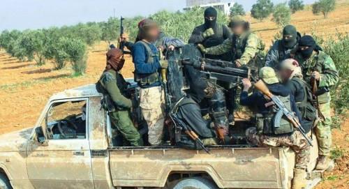 مصادر: بلحاج ينقل المتطرفين من إدلب إلى ليبيا