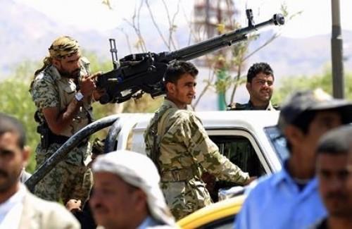 صراع المناصب وانتفاضة القبائل وخسارة المعارك.. الحوثي يتآكل (ملف)