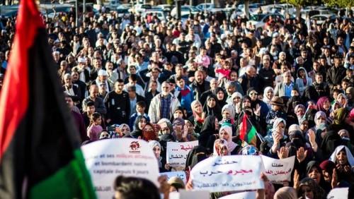 تظاهرات حاشدة شرقي ليبيا رفضًا للتدخل القطري والتركي