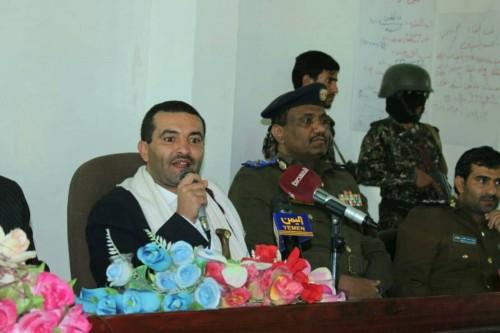 مليشيات الحوثي تحقق مع محافظهم المستقيل في ذمار