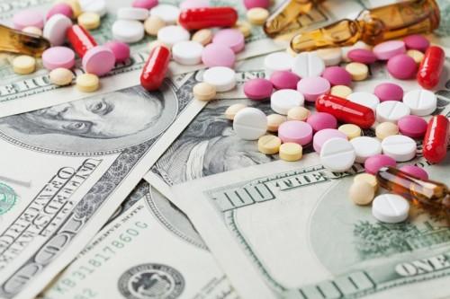 ترامب يعمل على خفض أسعار الدواء لتكون الأرخص عالميًا