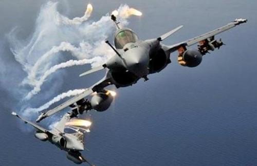 طيران التحالف يقصف مواقع المليشيات في عدد من المحافظات