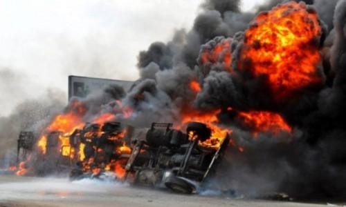 قتلى ومصابون في انفجار شاحنة نقل وقود بروسيا
