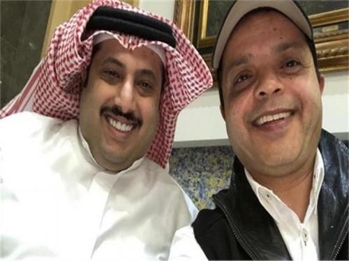 """تركي آل الشيح يوجه الشكر لأبطال مسرحية """" 3 أيام في الساحل """" (فيديو)"""