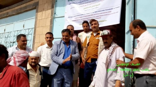 تدشين توزيع البذور المحسنة للمزارعين في مديرية قعطبة بالضالع