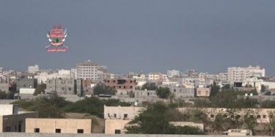 مليشيات الحوثي تقصف مواقع القوات المشتركة في الدريهمي