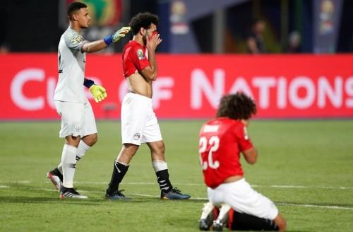 """بعد هزيمة المنتخب.. هاشتاج """"اتحاد الكرة"""" يتصدر تويتر بمصر"""