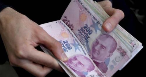 بعد إقالة أردوغان لمحافظ البنك المركزي.. الليرة التركية تتراجع مجددا