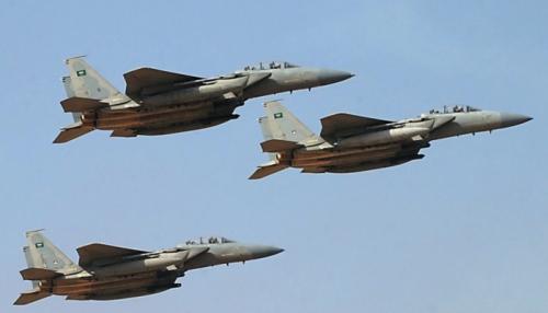 مقاتلات التحالف تستهدف معسكراً للمليشيات الحوثية في إب