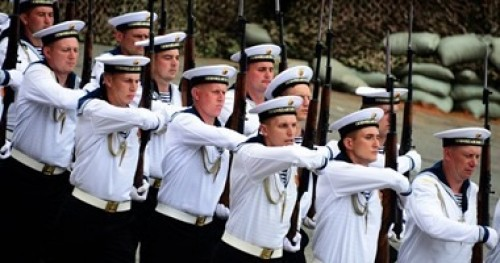 القائد العام للقوات البحرية الروسية: سنمتلك حاملات طائرات نووية جديدة
