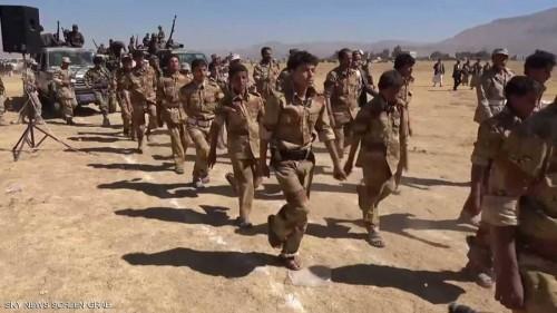 اتجاه حوثي لفرض الخدمة العسكرية الإلزامية على جميع الشباب