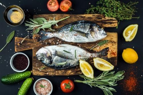 تعرف على أنواع الأسماك التي تساعد على تحسين صحة طفلك ونموه