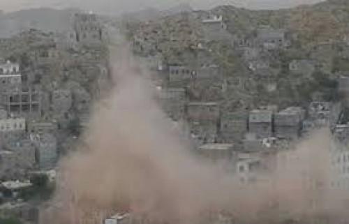 قصف حوثي عشوائي باتجاه قريتي الشغادر ولكمة الدوكي وسط حجر