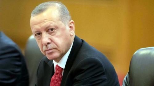 """بعد عزل محافظ البنك المركزي.. """"فيتش"""" تتخذ هذا القرار تجاه تركيا"""