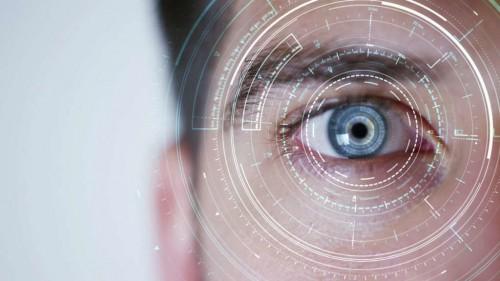 دراسة جديثة تكشف.. تشخيص الزهايمر عن طريق عدد الأوعية الدموية فى العيون