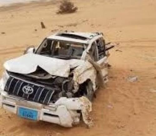 مصرع مواطن وإصابة زوجته في حادث مروري بمأرب