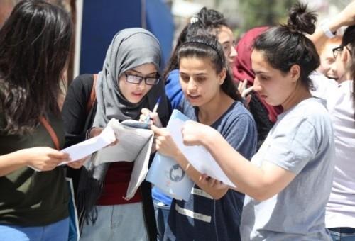 بعد اعتمادها.. الثانوية العامة تتصدر مواقع التواصل في مصر