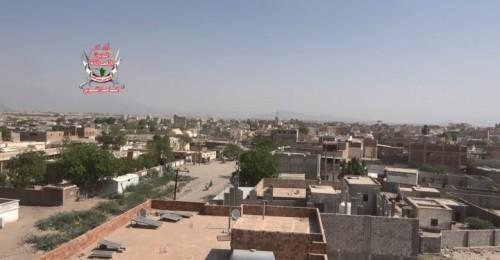 قصف حوثي عنيف على مواقع القوات المشتركة في حيس