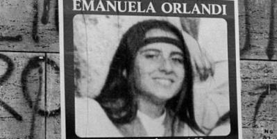 لحل لغز إيمانويلا .. الفاتيكان ينبش مقبرتين بعد 36 سنة