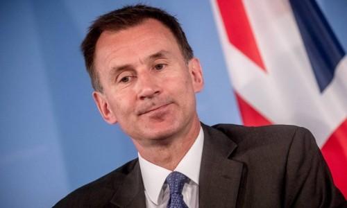 وزير الخارجية البريطاني: إيران لديها عامًا على الأقل لإنتاج قنبلة نووية