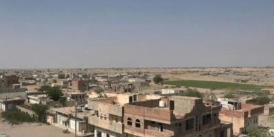 مليشيات الحوثي تستهدف مواقع القوات المشتركة في حيس بالحديدة
