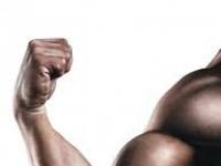 دراسة حديثة تحذر: مكملات بناء العضلات تهدد بالوفاة