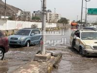 """عدسة """"المشهد العربي"""" ترصد سبب انقطاع الكهرباء عن نصف مديريات عدن"""