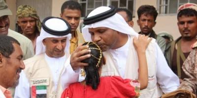 صحيفة: الإمارات ستظل على مبادئها في اليمن يد تحرر وأخرى تبني