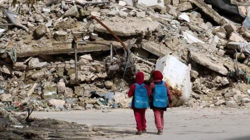 التعليم في اليمن.. عدوان حوثي وترميم إماراتي