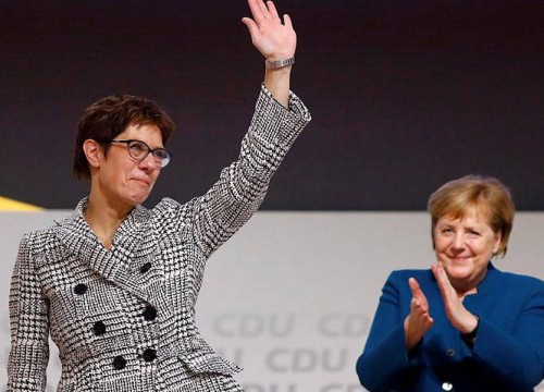 تعيين الخليفة المحتملة لـ ميركل وزيرة للدفاع في ألمانيا