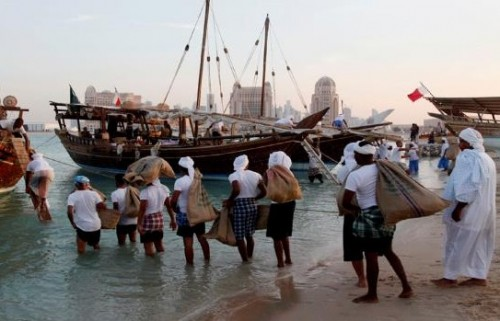 مع تزايد هيستيريا التطوير.. صيادو قطر يعيشون واقعًا مأساويًا