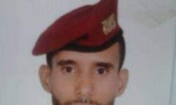 جندي في الأمن القومي للحوثيين يذبح والدته بطريقة داعشية في تعز (صور)