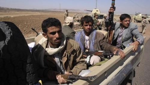مليشيا الحوثي تدفع بتعزيزات جديدة وتنشر قناصة في الحديدة