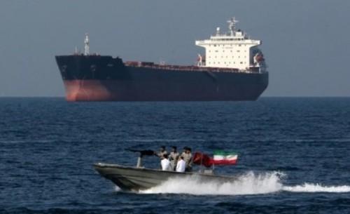 إيران تنفي احتجازها لسفينة بريطانية ثانية
