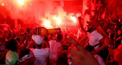 شوارع الجزائر تحتفل بفوز محاربي الصحراء باللقب الأفريقي