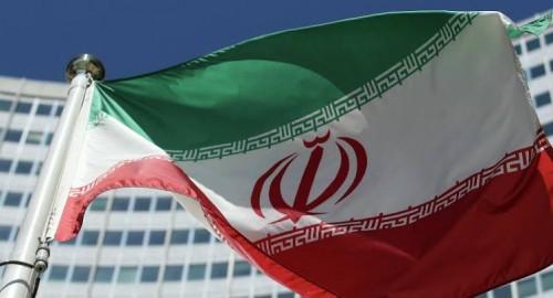 صحفي: إيران تستحق ضربة عسكرية لأفعالها بالمنطقة