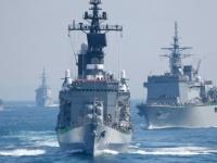 أمريكا تُرسل تحذيرًا بحريًا للسفن المارة عبر مضيق هرمز