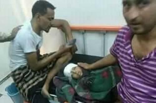 مشاهد مؤلمة لقصف الحوثيين منزل أحد المواطنين في تعز (صور)