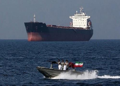 وسط تخبط الروايات.. ما السر الحقيقي وراء احتجاز إيران لناقلة نفط بريطانية؟