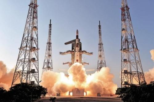 الهند تطلق قمرًا اصطناعيًا جديد إلى الفضاء