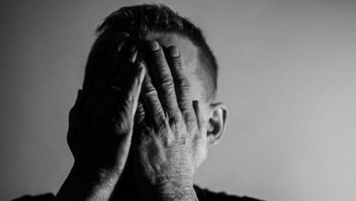 مهاجم سيلتيك يتحدث عن مرض الكآبة