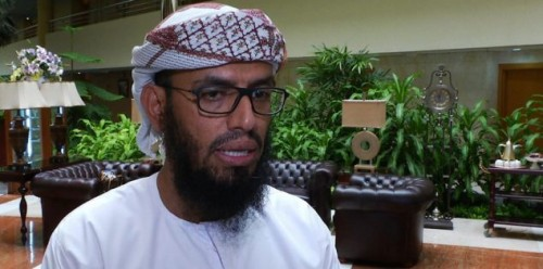 أول تعليق لـ بن بريك على سحل الحوثيين لمجاهد قشيرة