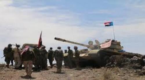 عاجل..اندلاع اشتباكات عنيفة بين القوات الجنوبية والمليشيات الحوثية بجبهة حجر