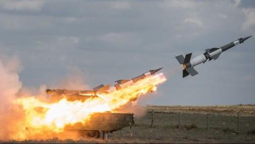 سوريا: مضاداتنا الجوية تصدت لأهداف معادية في السماء