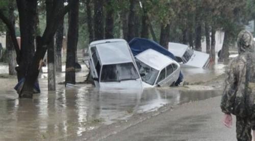 الفيضانات تضع روسيا في حالة طوارئ
