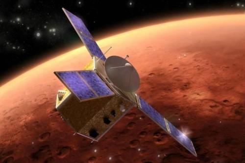 """الإمارات.. إطلاق """"مسبار الأمل"""" إلى الفضاء لاستكشاف المريخ 2020"""